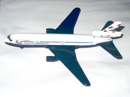 Majorette Authentic McDonnell Douglas DC-10 30