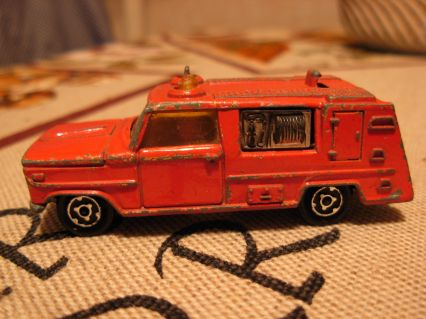 Majorette  Fire Engine