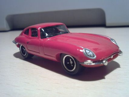 Matchbox 1/100 Jaguar E-Type Coupé 4.2