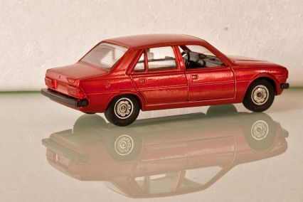 Peugeot 305. Solido Peugeot 305 | Die Cast